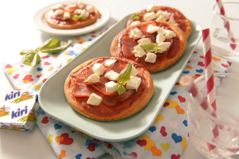 Kiri® Mini-Pizzas